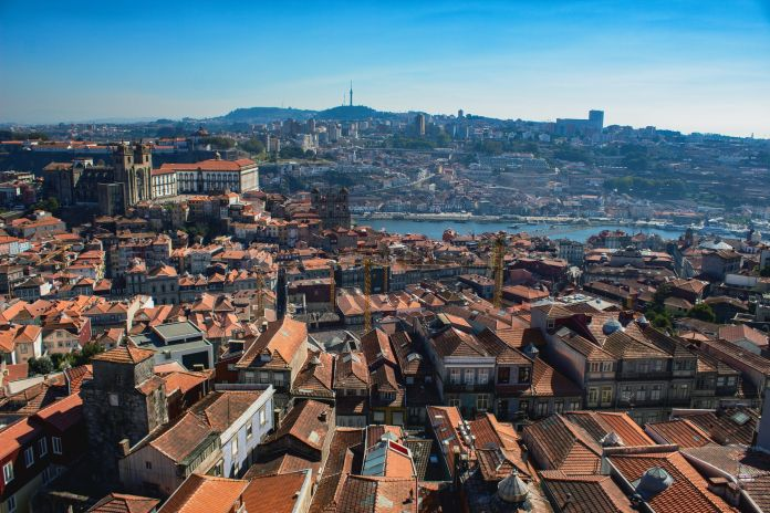 Porto. Photo Jan Ledermann via Unsplash 696x464 1